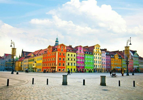 poland outbound tourism Polish tour operators and incentive agencies meet tourist companies from  around the world not only workshops but also sales representative packages,.